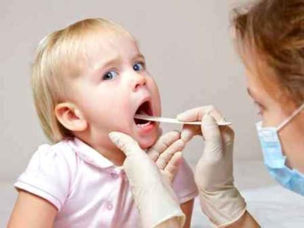 Kết quả hình ảnh cho Bí quyết phòng tránh bệnh hô hấp cho trẻ mùa đong