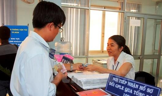 Giải đáp các vấn đề liên quan đến việc cấp đổi giấy phép lái xe theo luật hiện hành