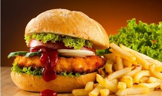 Tránh ăn những thực phẩm sau vào bữa tối nếu không muốn rước họa vào thân