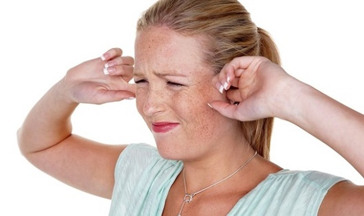 Đừng coi thường khi bị ù tai