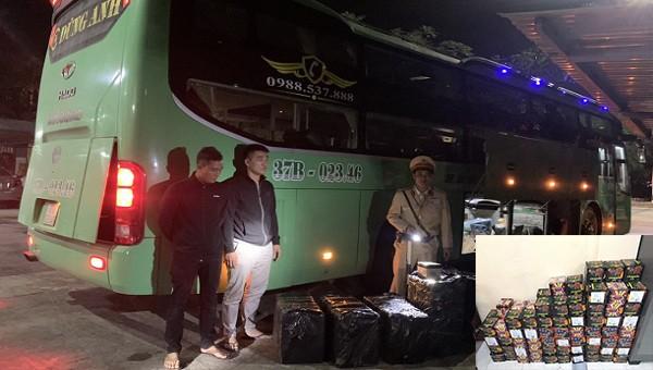 Bắt ô tô chở hơn 4.000 viên pháo lậu từ Quảng Trị vào Đà Nẵng