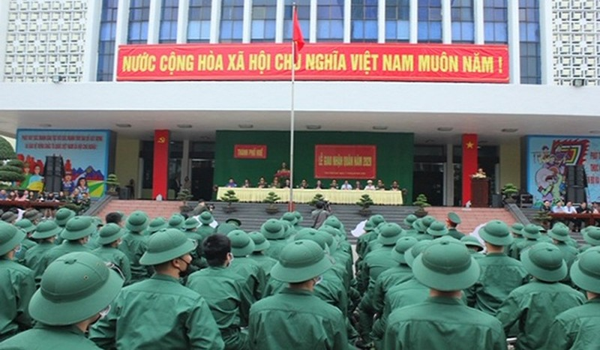 Hơn 1.300 thanh niên Thừa Thiên Huế lên đường nhập ngũ