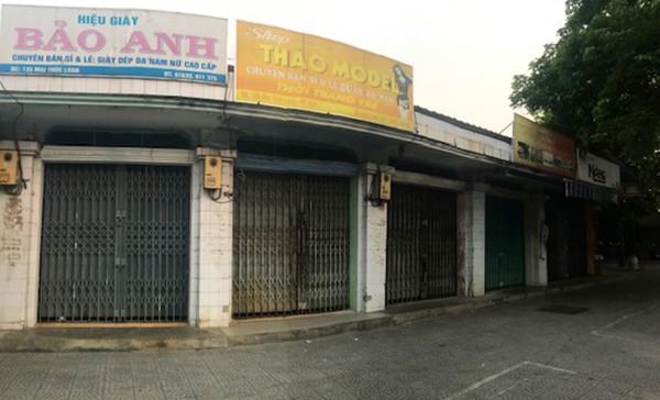 Thực hiện 'lệnh' đóng cửa các hộ kinh doanh tại Thừa Thiên Huế