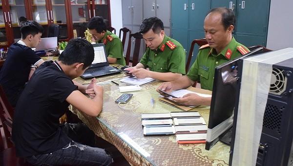 Công an tỉnh Thừa Thiên Huế 'bóc gỡ' đường dây đánh bạc qua mạng