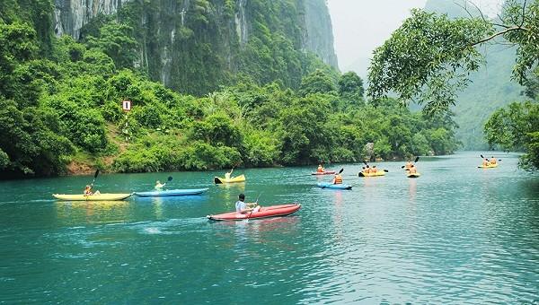 Ngành du lịch Quảng Bình đang nỗ lực khởi động mùa du lịch mới sau thời gian dài chịu ảnh hưởng của dịch bệnh và thiên tai (Ảnh: QBTourism)