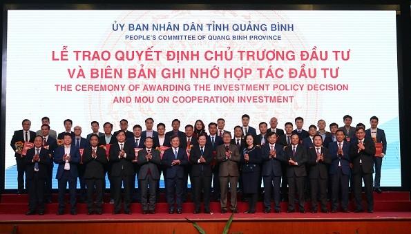 Lãnh đạo tỉnh Quảng Bình cam kết làm hết sức mình, đồng hành, tạo môi trường an toàn, thuận lợi tối đa cho các nhà đầu tư.