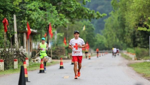 Ông Đoàn Ngọc Hải tham dự và hoàn thành cuộc đua với cự ly 42 km.