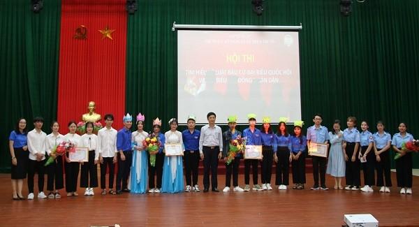 Trường Cao đẳng Luật miền Trung tổ chức Hội thi tìm hiểu về Luật Bầu cử đại biểu Quốc hội và Hội đồng nhân dân