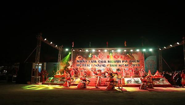 Độc đáo lễ hội 'Nhảy lửa Pà Thẻn' Hà Giang