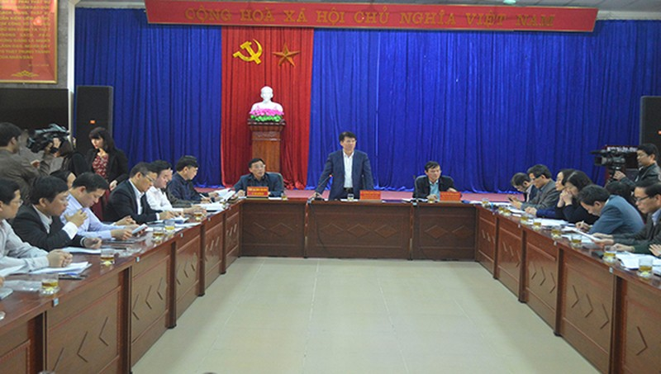 Thứ trưởng Bộ Y tế đến thăm và kiểm tra công tác phòng chống dịch Covid-19 tại Cao Bằng