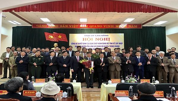 Cao Bằng: Thực hiện thành công việc sắp xếp các Đảng bộ huyện và công tác cán bộ