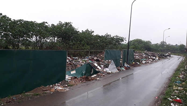 Hoài Đức, Hà Nội: Thường xuyên xảy ra tình trạng đốt rác sinh hoạt tự phát