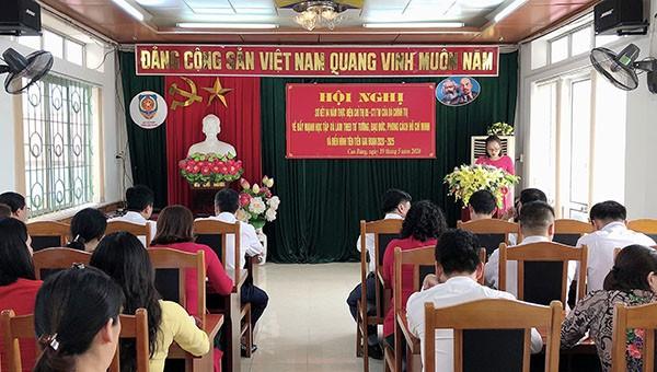Sở Tư Pháp Cao Bằng tuyên dương khen thưởng các cá nhân, đơn vị xuất sắc.