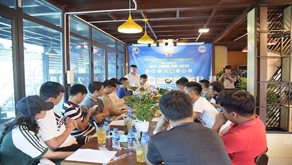 Buổi họp diễn ra trang trọng tại Tiệm trà chanh Ado Group