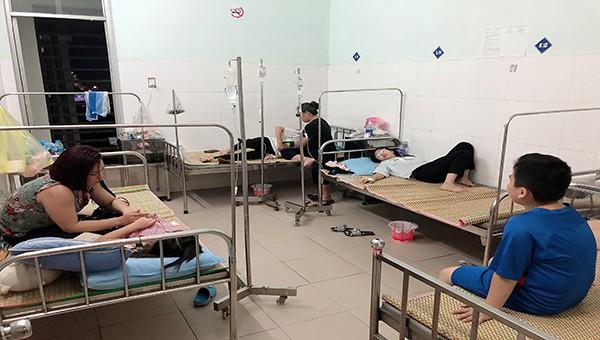 Nhiều học sinh cấp Tiểu học tại Cao Bằng bị nghi ngộ độc thức ăn