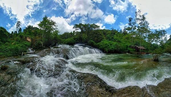 Thác Đăng Mò, Lạng Sơn cạn nước, không một du khách ghé thăm