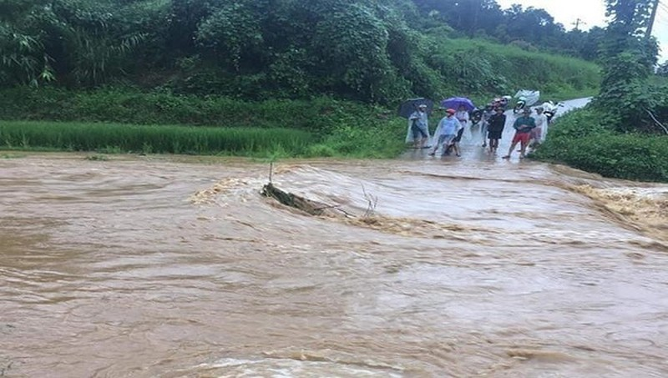 Chủ tịch tỉnh Yên Bái yêu cầu chủ động ứng phó mưa, lũ do bão số 2