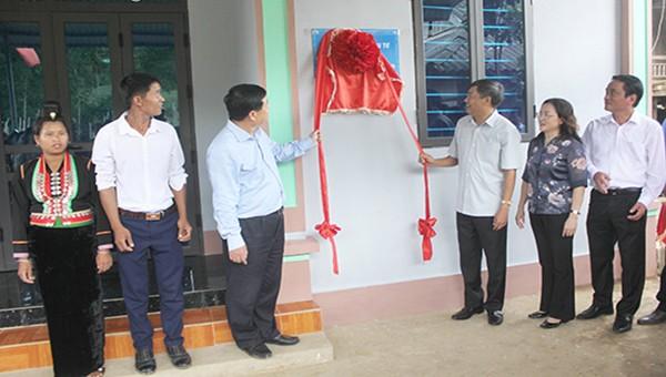 Bàn giao 107 căn nhà cho hộ nghèo tại Sốp Cộp, Sơn La