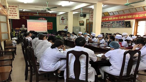 Trung tâm y tế huyện Lạc Thủy (Hòa Bình): Dùng tấm lòng y đức để chăm sóc bệnh nhân