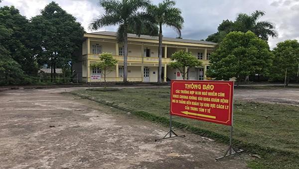 Trung tâm Y tế huyện Tân Lạc (Hòa Bình) thực hiện nghiêm công tác phòng, chống dịch Covid-19.