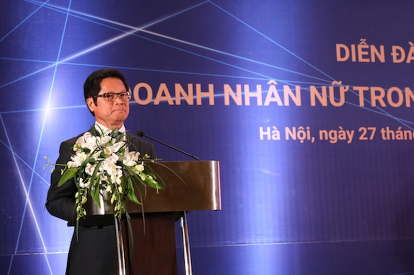 TS.Vũ Tiến Lộc – Chủ tịch Phòng Thương mại và Công nghiệp Việt Nam (VCCI) phát biểu tại diễn đàn.