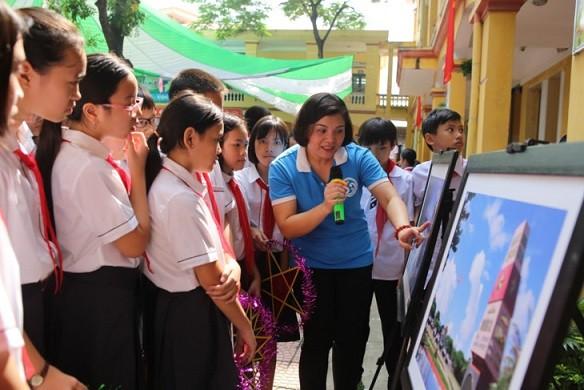 1000 thông điệp yêu thương của học sinh Thủ đô ngày khai trường hướng về Trường Sa