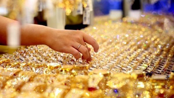 Tăng gần 1,8 triệu đồng/lượng tuần qua, dự báo giá vàng 'nóng' trong tuần tới