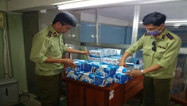 Phát hiện hơn 200.000 chiếc khẩu trang chưa đủ hóa đơn, chứng từ tại An Giang