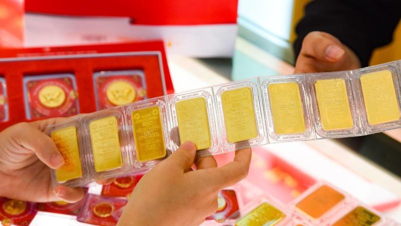 Tiếp đà tăng, vàng tiến sát mốc 48 triệu đồng/lượng
