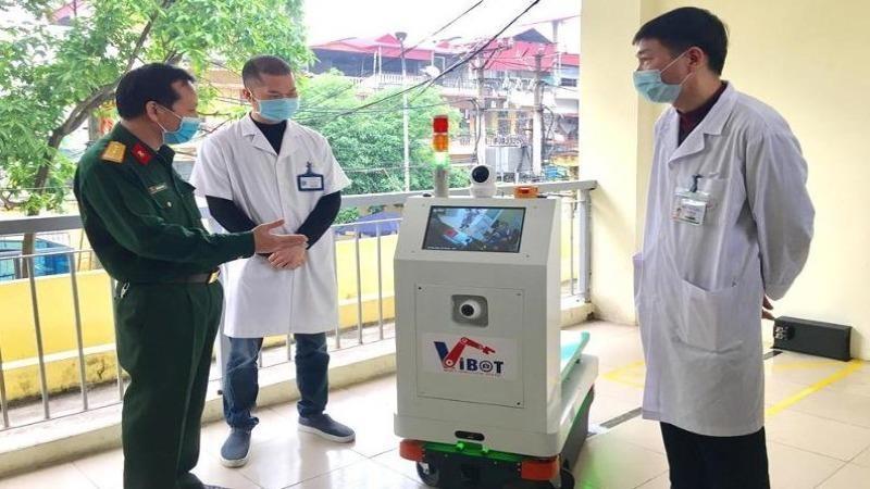 Kiến nghị sử dụng Robot 'Vibot-1a' trong các cơ sở cách ly