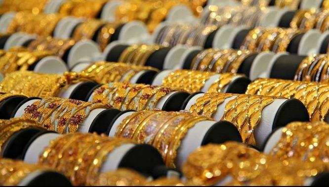 Vàng tiếp tục tăng, một số thương hiệu trong nước tạm dừng giao dịch