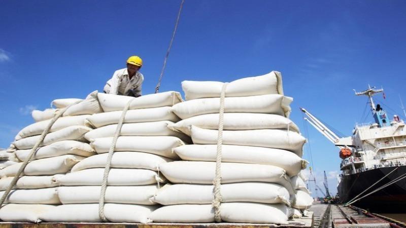 Tổng cục Hải quan nói về việc mở tờ khai đăng ký xuất khẩu 400.000 tấn gạo lúc nửa đêm