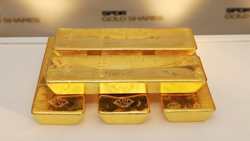 Đầu tuần, giá vàng SJC trong nước đứng yên dù thế giới giảm