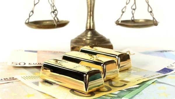 Giá vàng trong nước giảm nhẹ, 'mặc' thế giới tiếp tục tăng