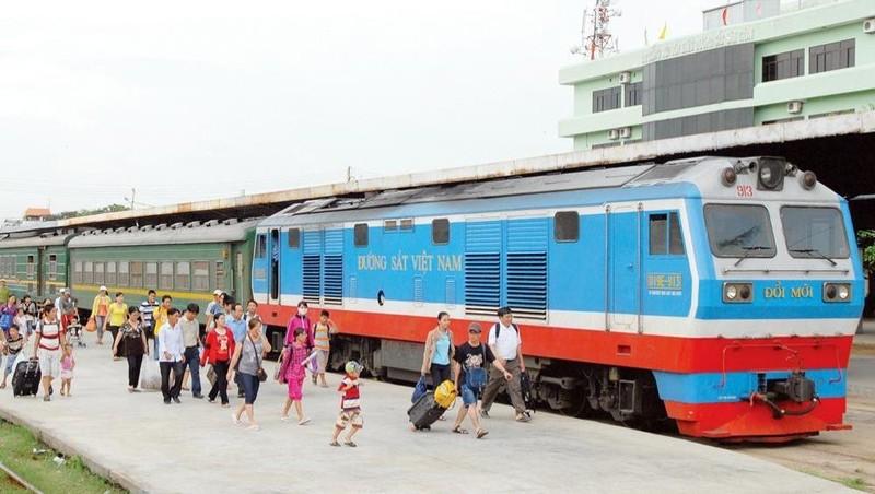 Công ty Cổ phần vận tải Đường sắt Sài Gòn sẽ thực hiện chương trình kích cầu với 4.600 vé giảm giá 50% cho hành khách đi trên các đoàn tàu đơn vị này quản lý.