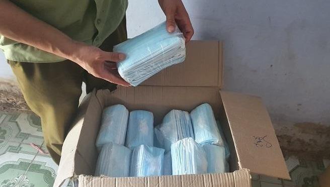 Lực lượng QLTT Hưng Yên tịch thu 12.500 chiếc khẩu trang không rõ nguồn gốc xuất xứ