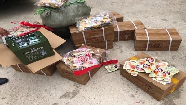 Hàng hóa nhập lậu bị lực lượng QLTT Lạng Sơn bắt giữ.