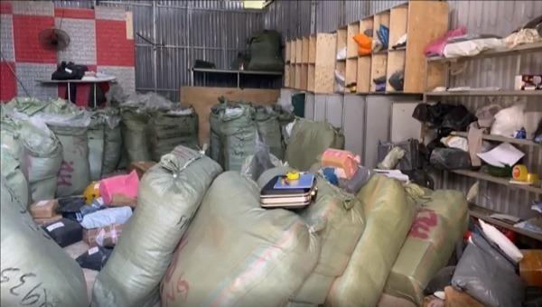 Thu giữ 4.000 sản phẩm nhập lậu tại Lạng Sơn