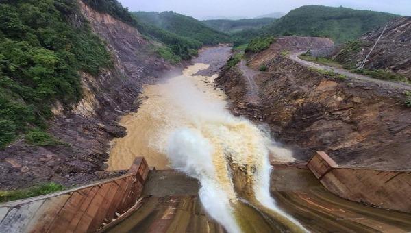 Bộ Công Thương yêu cầu thuỷ điện Thượng Nhật dừng ngay việc tích nước.