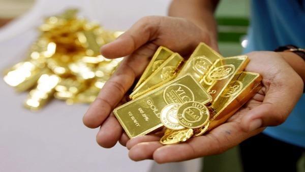 """Giá vàng sáng nay - 25/11: Vàng trong nước """"bốc hơi"""" gần 1 triệu đồng/lượng"""