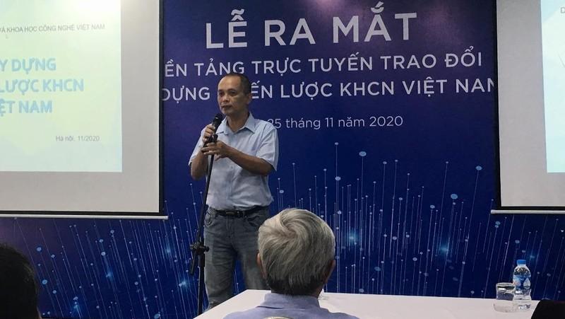 TS Nguyễn Thành Nam - Chủ tịch CLB AIVIET chia sẻ tại buổi lễ.