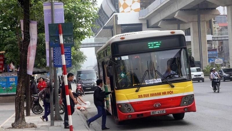 Kiến nghị triển khai 14 tuyến đường riêng cho xe buýt tại Hà Nội