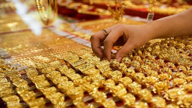 Giá vàng sáng nay - 01/12: Tiếp đà lao dốc, vàng SJC mất thêm 350.000 đồng/lượng