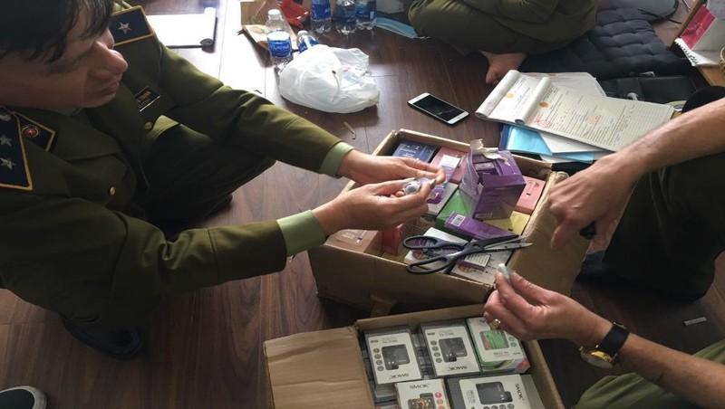 Phát hiện, thu giữ trên 10.000 sản phẩm thuốc lá điện tử nghi nhập lậu tại Hà Nội