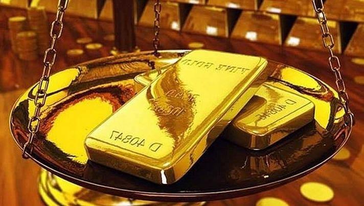 Giá vàng thế giới đột ngột giảm sâu, trong nước vẫn tiếp tục tăng