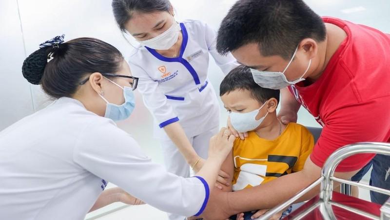 Khai trương VNVC Bình Thạnh kịp thời giúp người dân phòng bệnh truyền nhiễm dịp Tết Nguyên Đán