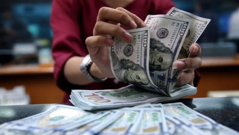 """Đồng USD tiếp tục """"chìm sâu"""""""