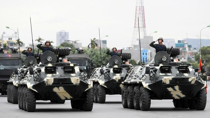 Dàn khí tài đặc chủng tham gia diễn tập bảo vệ Đại hội Đảng toàn quốc