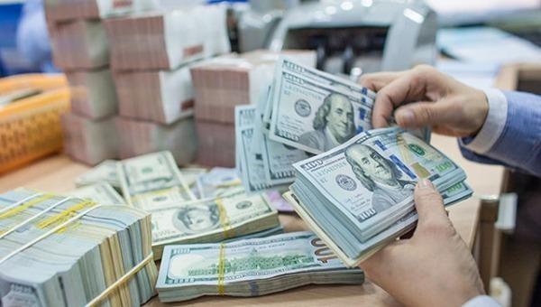 Tỷ giá ngoại tệ hôm nay 19/1: Tỷ giá trung tâm tăng mạnh, Ngân hàng thương mại giữ mức ổn định