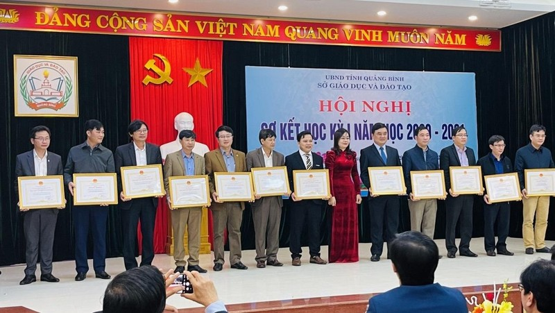 Trường THPT Minh Hóa (Quảng Bình): Sức vươn lên từ ngôi trường miền núi